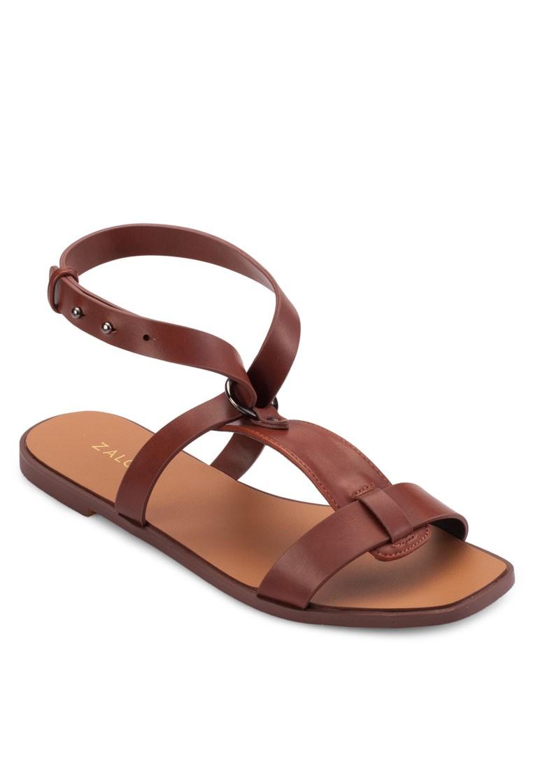 Circular Ring Flat Sandals