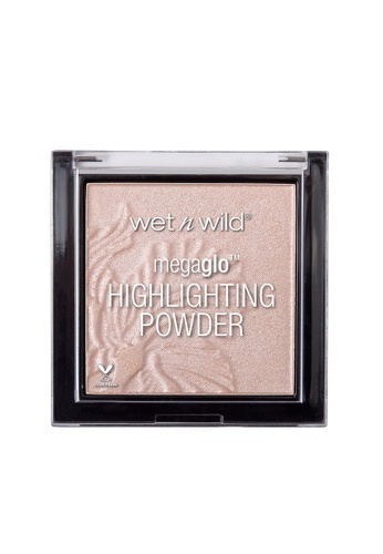 Wet N Wild pink WET N WILD MegaGlo Highlighting Powder - Blossom Glow 0F237BE9A42A23GS_1