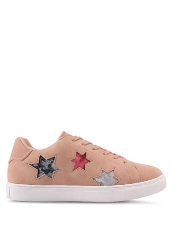 ZALORA brown Star Cut Out Sneakers 4EAF6SH7101938GS_1