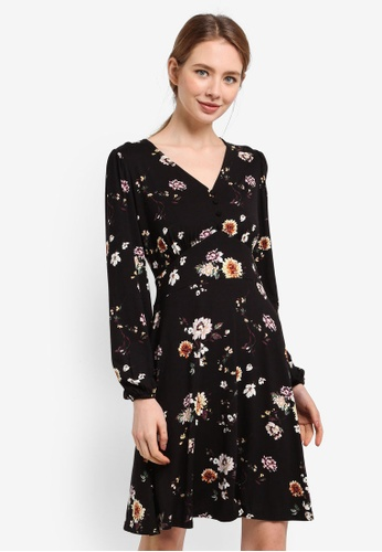 Dorothy Perkins black Floral Print Fit And Flare 2E768AA58B4853GS_1