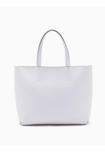 Calvin Klein white Ultra Light Shopping Tote With Zipper 88F5CAC66836B5GS_1