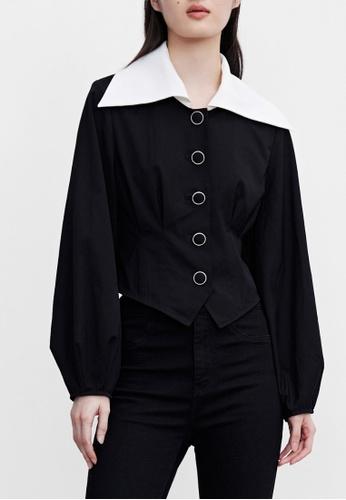 URBAN REVIVO black Contrast Collar Top 42EA7AA372F158GS_1