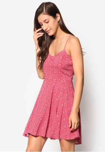 背部繫帶印花洋裝、 服飾、 洋裝Factorie背部繫帶印花洋裝最新折價
