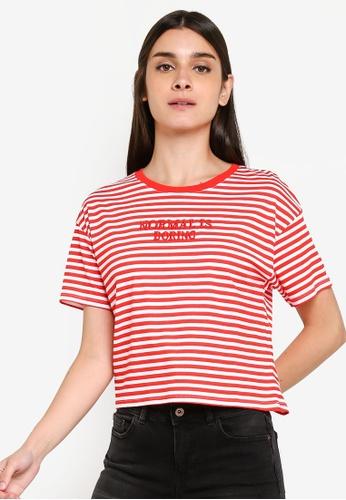 f74a171befe82 LC Waikiki red Short-Sleeve Crew-Neck Letterpress Printed T-Shirt  3F54BAA32CC9A9GS_1