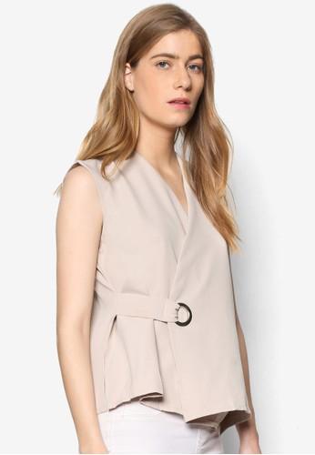 Janelle 金屬孔裹飾無袖T-shirt、 服飾、 上衣MeganeJanelle金屬孔裹飾無袖上衣最新折價