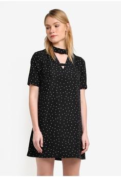 【ZALORA】 High Collar Cut Out Short Sleeve Shift Dress
