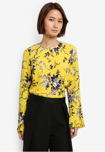 WAREHOUSE yellow Trailing Floral Pleat Cuff Top 4EE33AA0508560GS_1