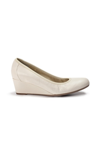 4623e63069de Buy Shu Talk LeccaLecca Round Toe Leather Wedges Online on ZALORA ...
