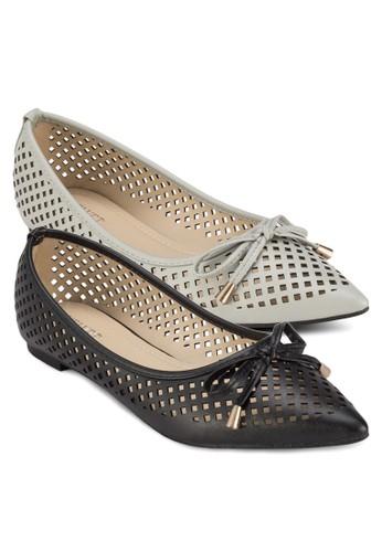 二入Tabitha zalora 衣服尺寸雕花蝴蝶結尖頭平底鞋, 女鞋, 芭蕾平底鞋