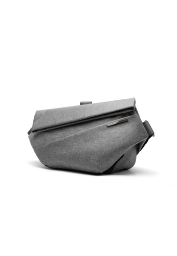 NIID grey Functional & fashion design‧Fit for work、Sport and Leisure‧  R1 Urban Sling - Light grey 55ED4AC87E3015GS_1