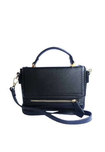 LIVLOLA black and gold Lushia Top Handle Crossbody bag in black LI657AC0SBS8MY_1