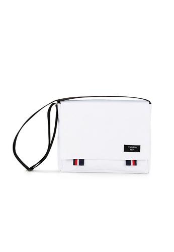Peeps white Bridge Messenger Bag 0DB7FAC30C10DAGS_1