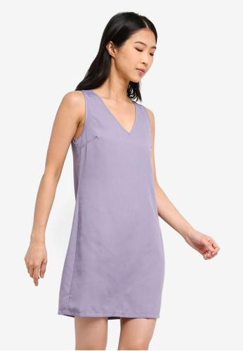 ZALORA BASICS grey Basic V-Neck Shift Dress 7F511AAF8DA74BGS_1