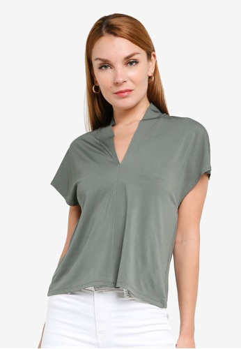 H&M green V-Neck Top 53AC2AAC83B67BGS_1