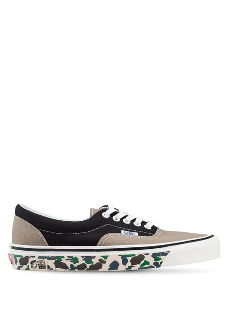 a40a209305 Buy VANS Malaysia Collection Online