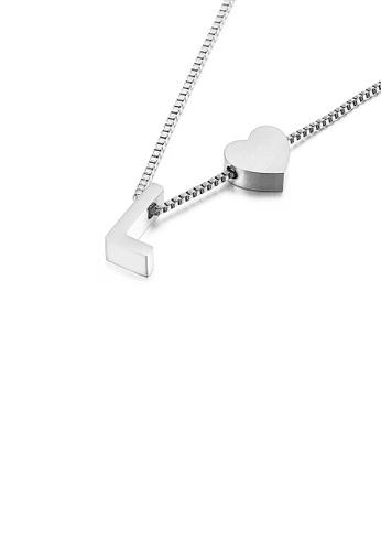 Glamorousky 銀色 簡約時尚心形英文字母L 316L鋼吊墜配項鏈 7921DAC3953E01GS_1