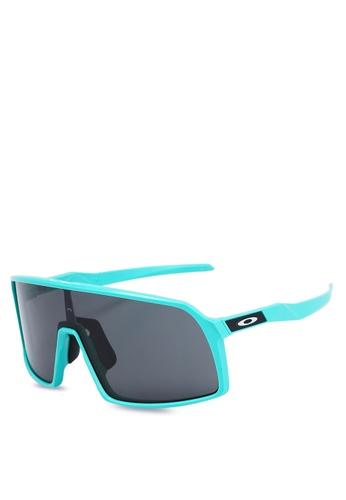ea24c1c84424b Shop Oakley Sport Performance OO9406A Sunglasses Online on ZALORA  Philippines