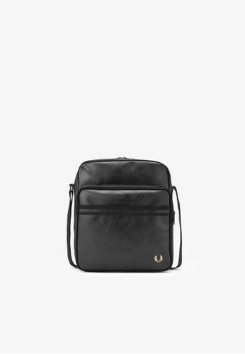 Fred Perry black L7224 - Tonal Pu Flight Bag - (Black) 8A99CAC63B8FA0GS_1