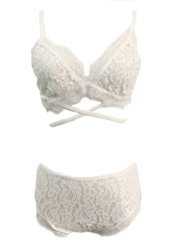 Seoul in Love white Leia Bra Top and Underwear Set SE496US0GP97SG_1