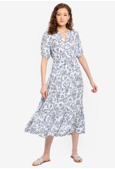 cbd3a4aef950f GAP blue Petite Short Sleeve Tiered Maxi Dress 03476AABDE6C72GS_1