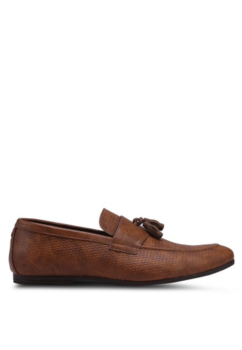 Burton Menswear London brown Tan Leather Look Tassel Loafers With Embossed Design 8BB6BSH2680D77GS_1
