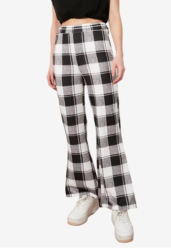 Trendyol grey Plaid Print Bootcut Trousers 22155AA333419CGS_1