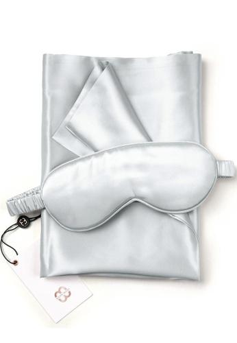 Moody Mood grey 22 Momme Mulberry Silk Sleep Gift Set (Silk Eye Mask & Silk Pillowcase)・Modern Gray E9485BE7615071GS_1