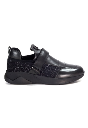 Shu Talk black Amaztep Calf Leather Sneakers with Magic Straps 8A873SHF9CFC8DGS_1