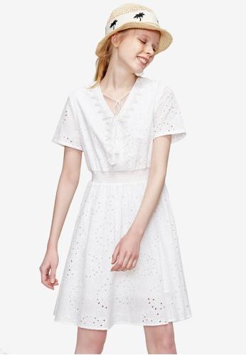 Hopeshow white V Neck Eyelet Lace Flare Dress 9C846AAA8FCDF0GS_1