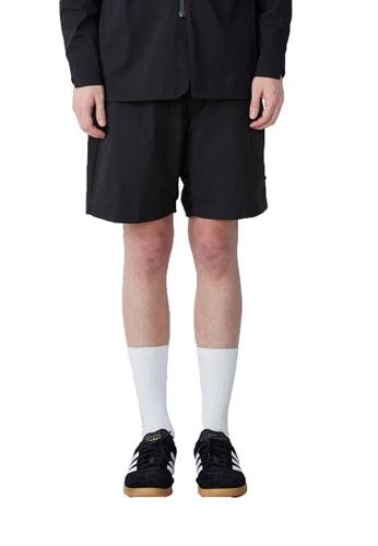 WEAVISM 黑色 吹海風 - 速乾拼接休閒短褲-黑 B9BCAAAF1A764DGS_1