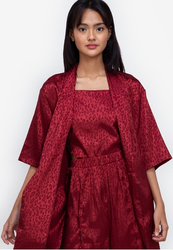 ZALORA BASICS red Satin Kimono Robe 04956AA1ECE95CGS_1