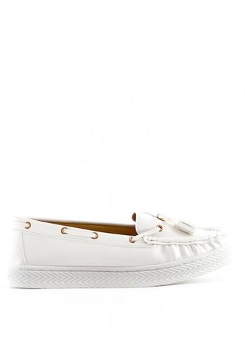 World Balance white Antoinette L Slip On CE685SH6BE06A2GS_1