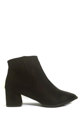 Twenty Eight Shoes 黑色 簡約尖頭腳眼靴 VB9336 97F7DSH7E42C1DGS_1
