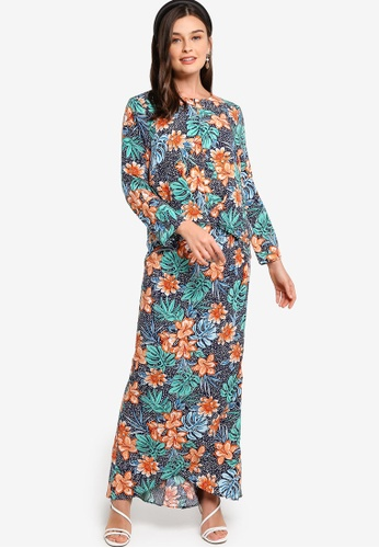 Lubna navy Twist Top With Bell Sleeves Kurung 94FE3AA8A3471FGS_1