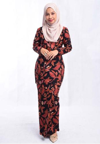 Batik Mini Kurung BHMK01-011 (BLACK) from batik house my in Black