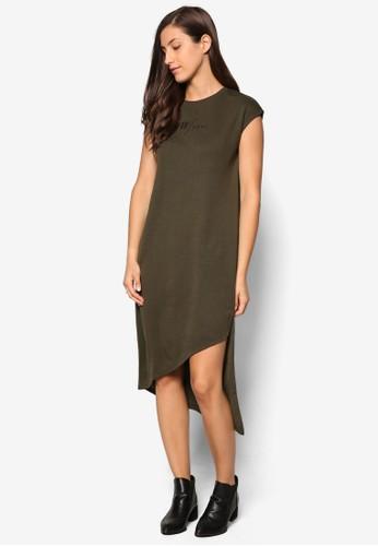 不合錯誤稱下擺標語精緻連身裙TEE、 服飾、 洋裝SomethingBorrowed不合錯誤稱下擺標語設計連身裙TEE最新折價