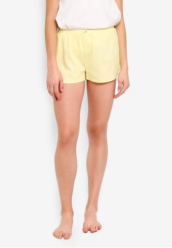 Cotton On Body yellow Woven Sleep Shorts 8DE4FAAE92068AGS_1