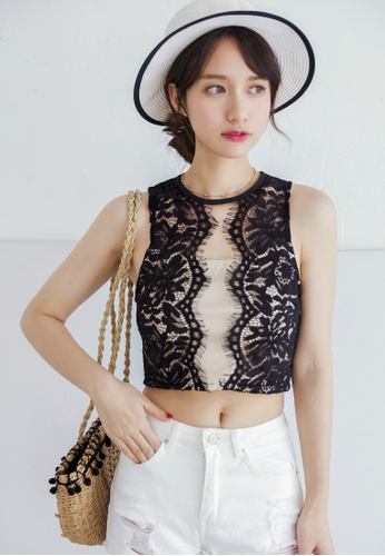631f2c8ce86a6a Shopsfashion black Eyelet Lace Crop Top in Black 77223AA91CCF7DGS_1