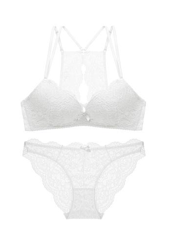 W.Excellence white Premium White Lace Lingerie Set (Bra and Underwear) 74CCAUS5642E72GS_1