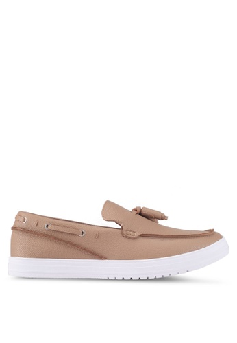 ZALORA brown Faux Leather Slip-On With Tassels 27BB6SHB413613GS_1