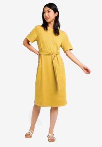 ZALORA BASICS yellow Basic Contrast Stitching T-Shirt Dress 28DEBAA86B4318GS_1