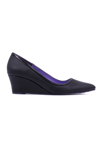 Flatss & Heelss by Rad Russel black Pointed Toe Wedge Pumps-Black FL655SH0GHBRSG_1