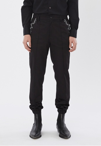 Flawless Flashbacks. black Black Signature Embroidered Jogging Pants 3DCB4AA277878BGS_1