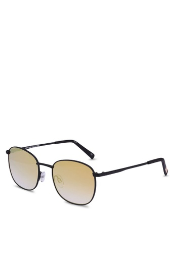 Le Specs black Neptune 1702085 Sunglasses 39D43GLD0BE970GS_1