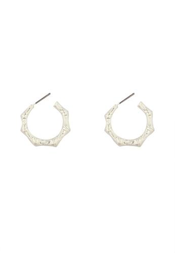 SKEDA silver Engraved Open Octagon Earrings 748E8AC04548F4GS_1