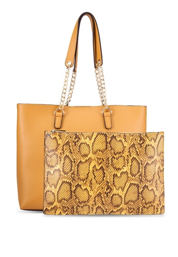 ZALORA yellow Large Chain Strap Tote With Detachable Pouch D0635AC8284CDAGS_1
