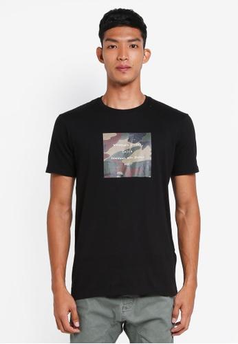 Cotton On 黑色 短袖迷彩印花T恤 BE4F7AA47AAB75GS_1