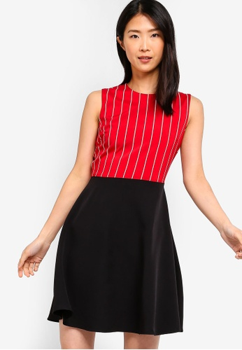 ZALORA BASICS red and multi Basic Printed Fit And Flare Dress 63239AA5B4D8E8GS_1