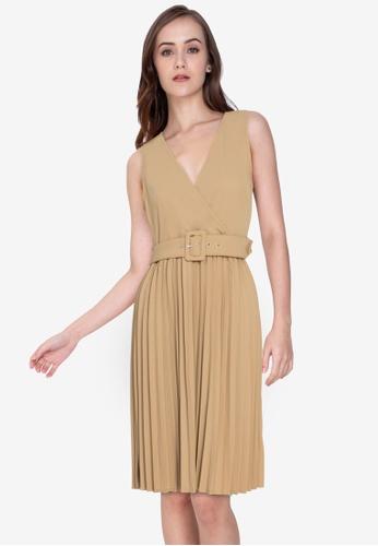 ZALORA WORK brown V Neck Pleated Skirt Dress 0DAC4AA9E3BE58GS_1