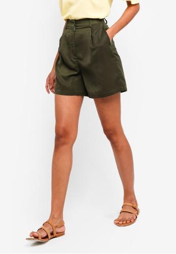 ZALORA BASICS green Basic Bermuda Shorts 48050AAA910A43GS_1